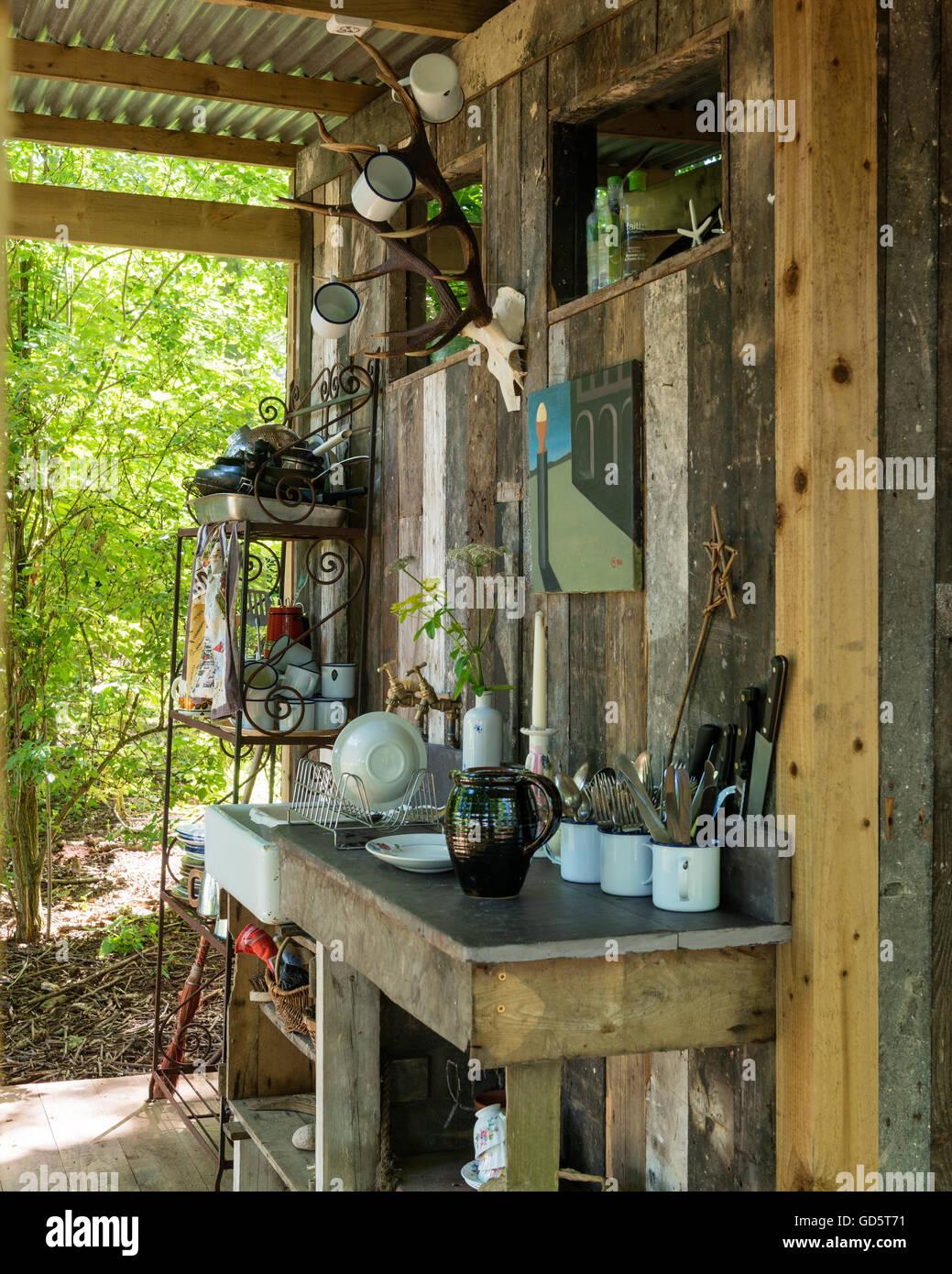 Outdoor Shower Cabin Stockfotos & Outdoor Shower Cabin Bilder - Alamy