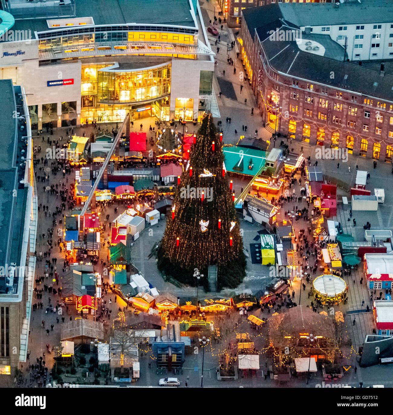 Dortmund Weihnachtsmarkt.Luftaufnahme Riesigen Weihnachtsbaum Auf Dem Hansaplatz