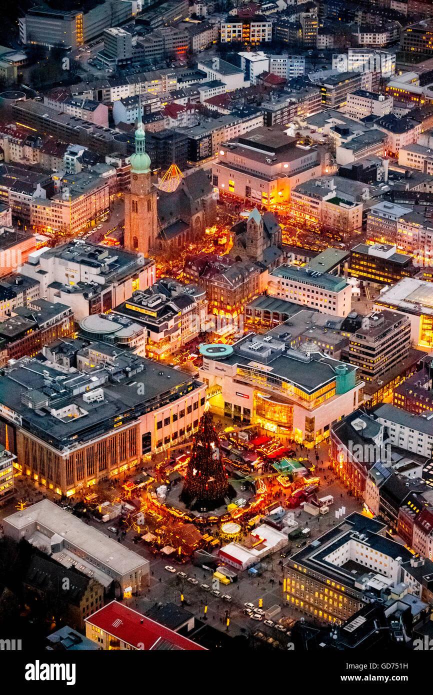 Weihnachtsmarkt Dortmund Bis Wann.Luftaufnahme Riesigen Weihnachtsbaum Auf Dem Hansaplatz Platz
