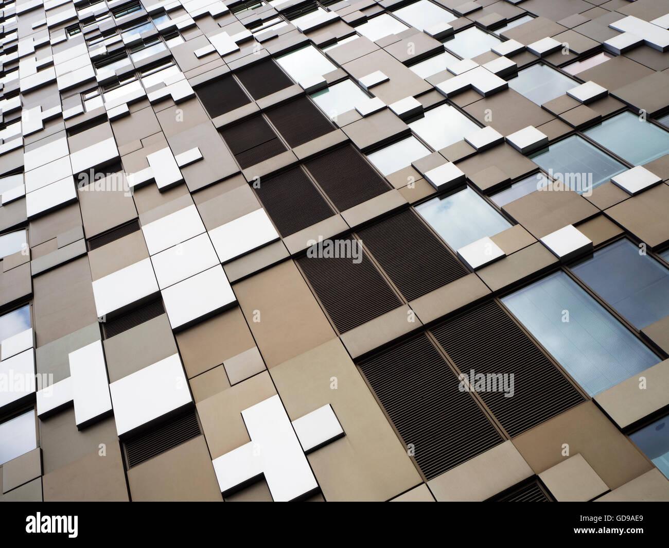Die Cube-Büro-Einzelhandel und Wohngebäude in Birmingham West Midlands England Stockbild