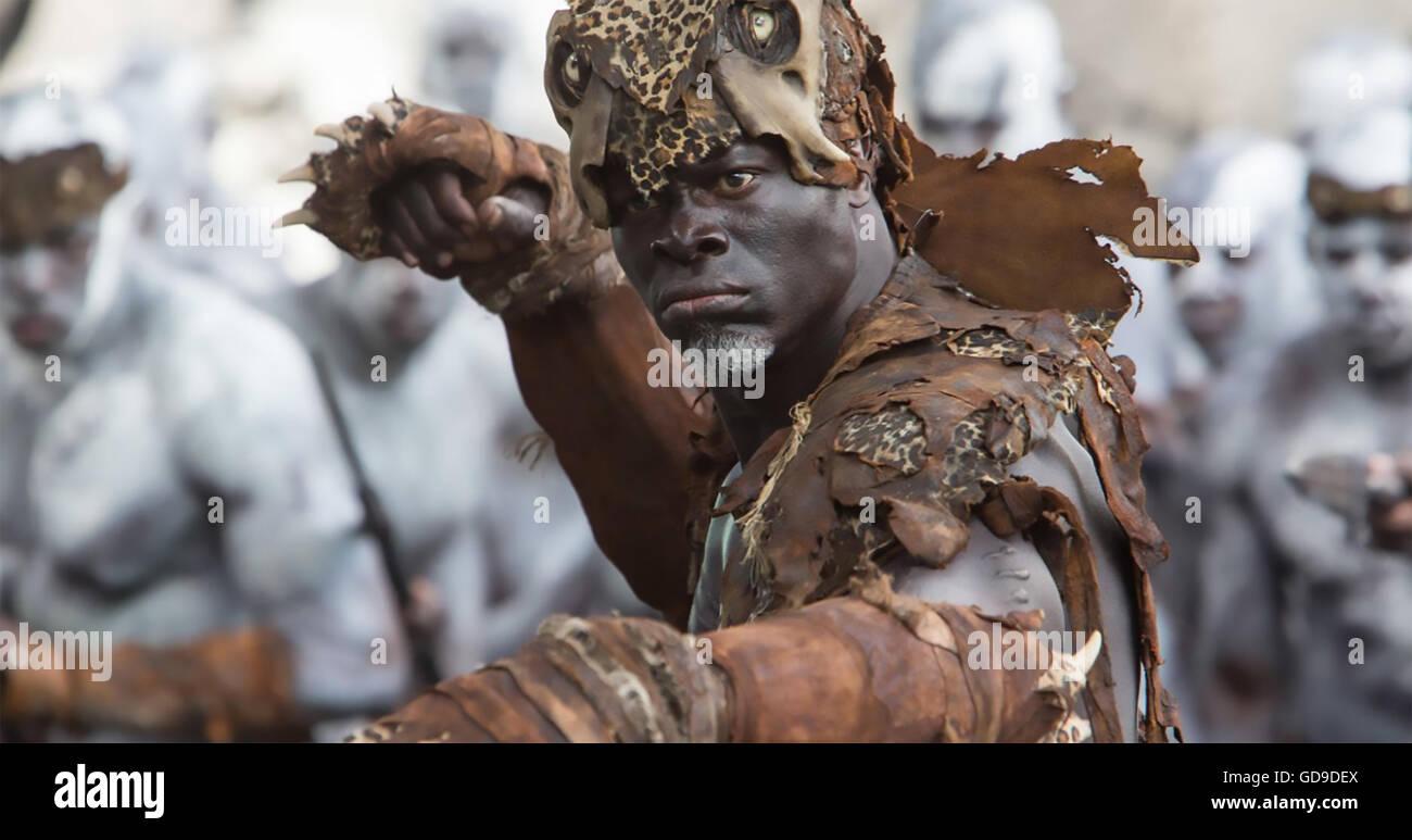 DIE Legende von TARZAN 2016 Film mit Djimon Hounsou Stockbild