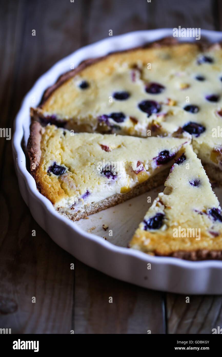 Blaubeer-Zitronen-Torte Stockbild