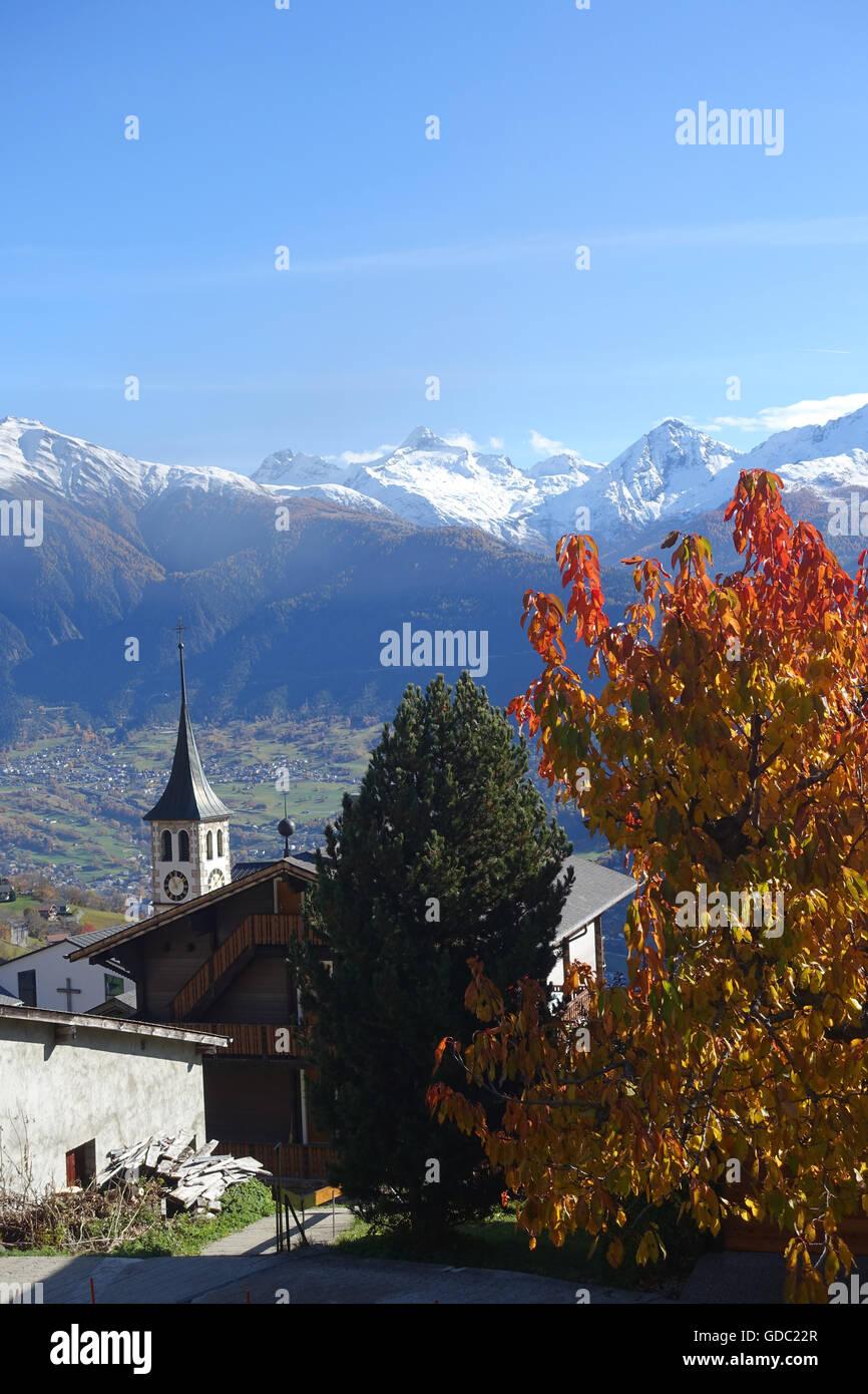 Schweiz, Europa, Wallis, Munder, Dorf, Berge, Herbst Stockbild