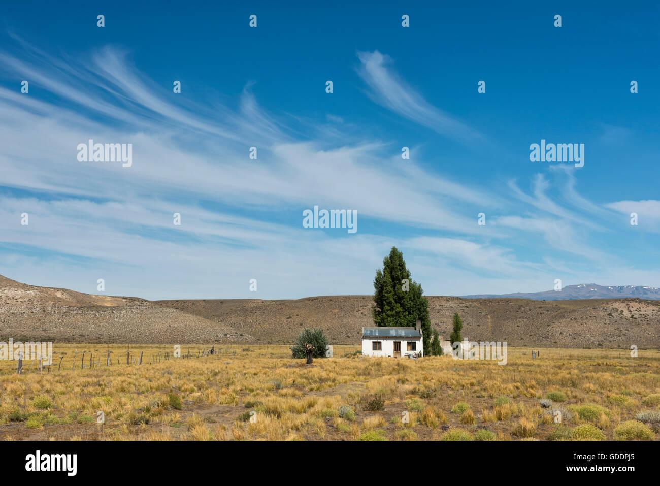 Südamerika, Chubut, Argentinien, Patagonien, Haus in der Pampa Stockbild