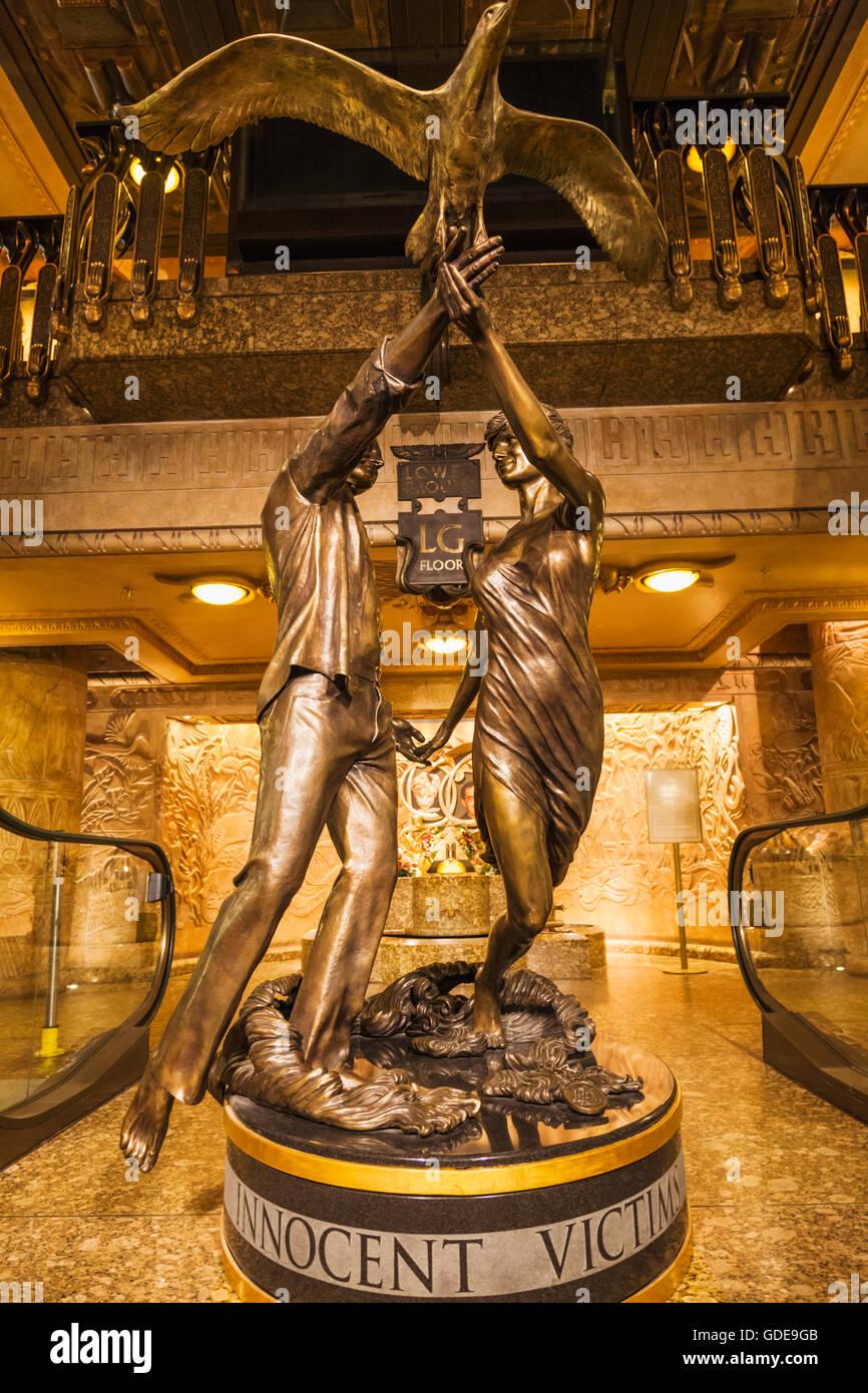 England, London, Knightsbridge, Harrods, Dodi Fayed und Prinzessin Diana Memorial Statue Stockbild