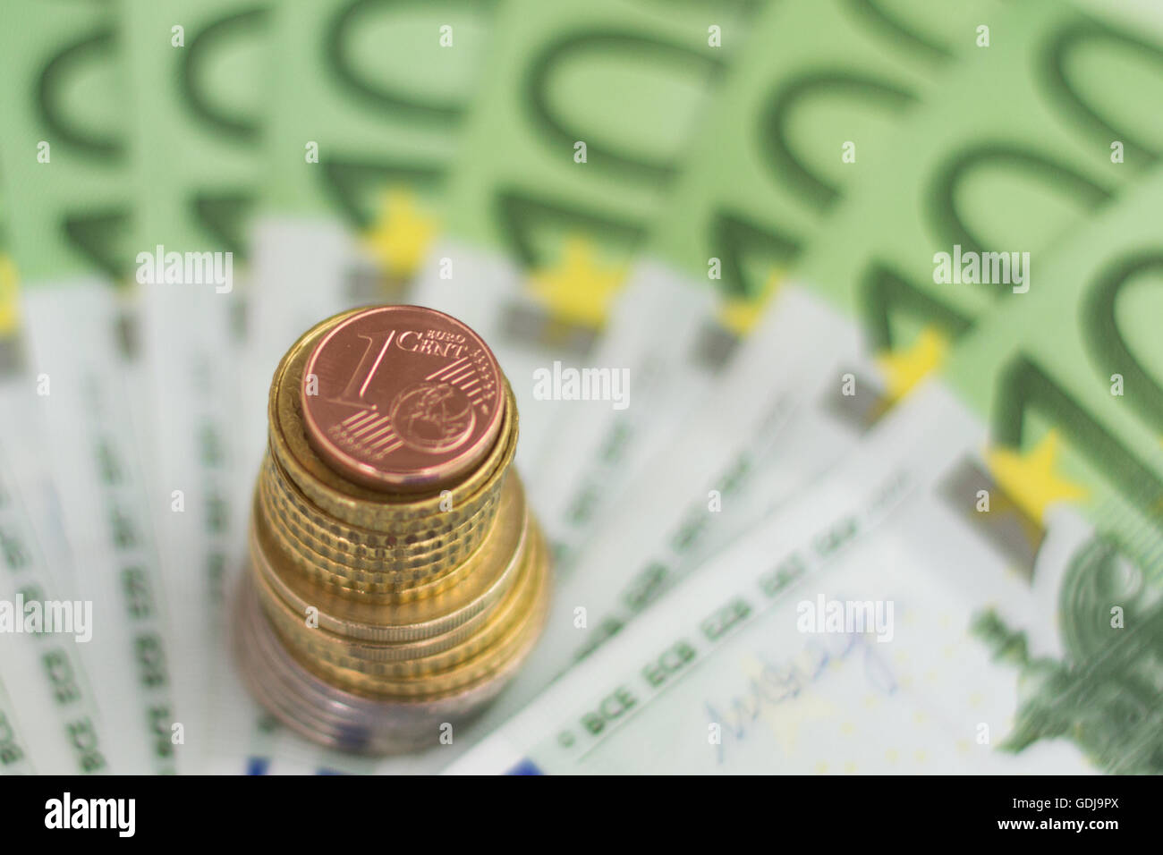 Euro Scheine Und Münzen Bares Geld Stockfoto Bild 111655570 Alamy