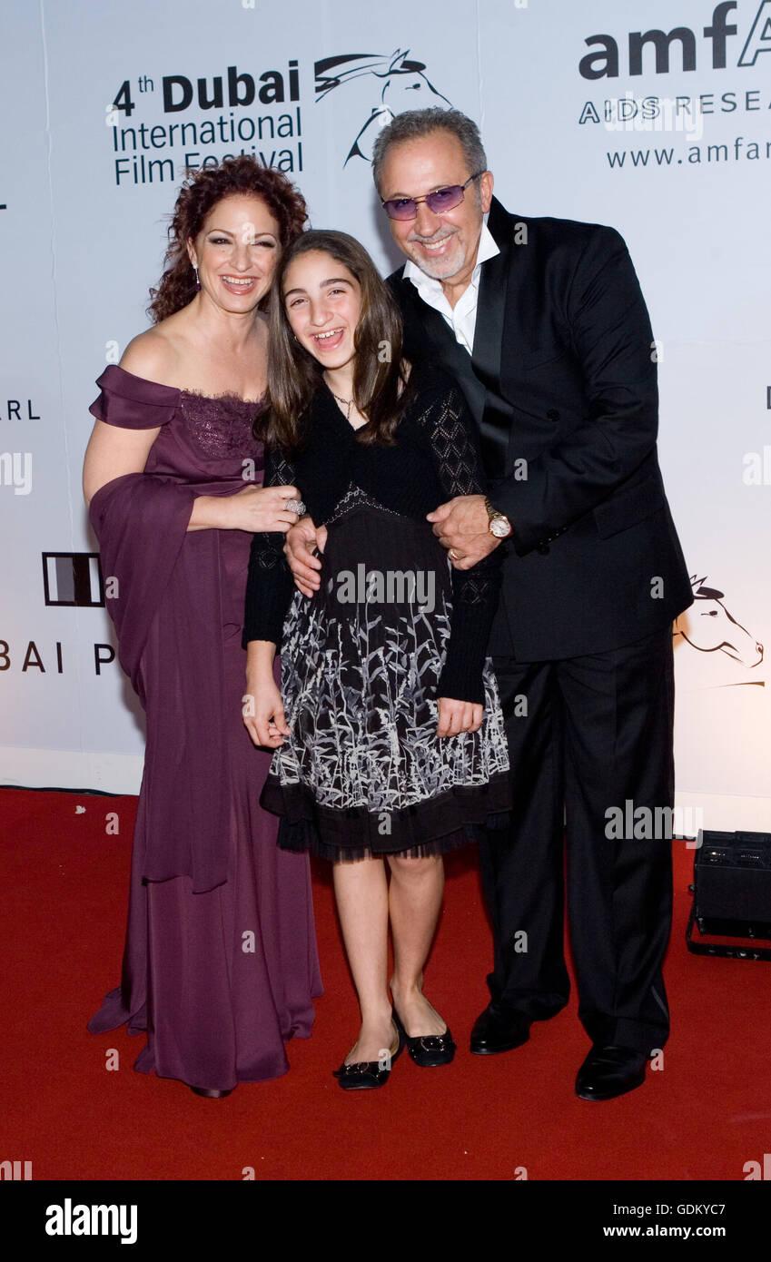 Gloria Estefan Stockfotos & Gloria Estefan Bilder - Alamy