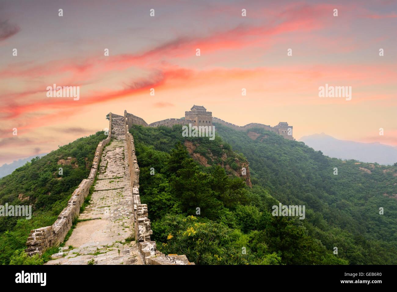 Chinesische Mauer im Abschnitt Jinshanling. Stockbild