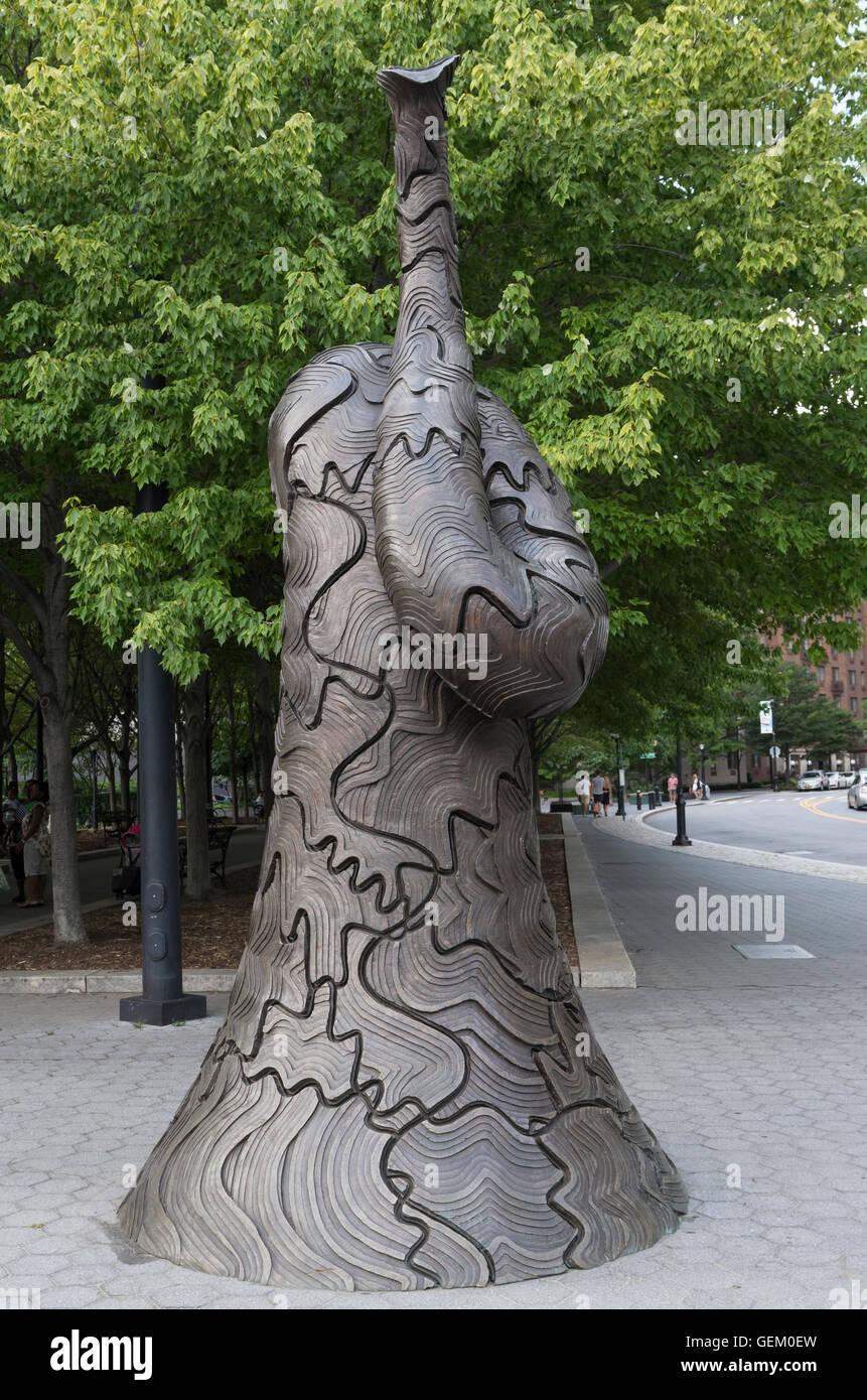 """Einer der beiden Musikinstrument inspirierte Skulpturen von Tomy Cragg mit dem Titel """"Resonanz stellen"""" Stockbild"""