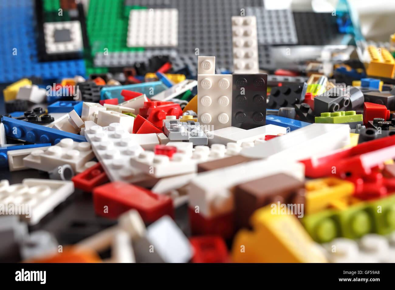 Schön Lego Person Färbung Seite Galerie - Entry Level Resume ...