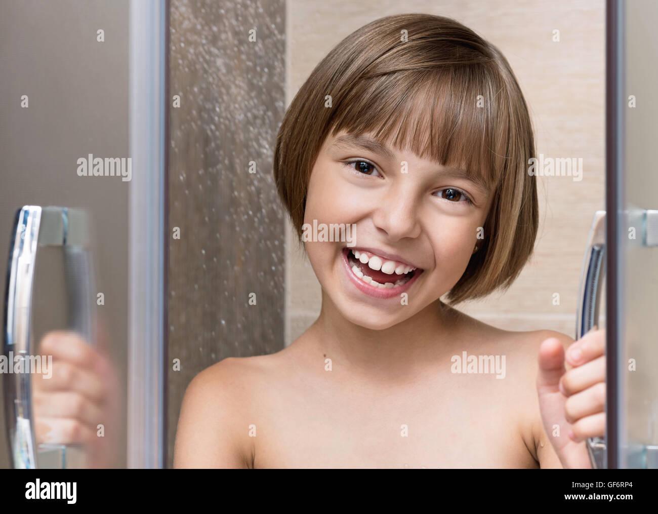 girls unter der dusche