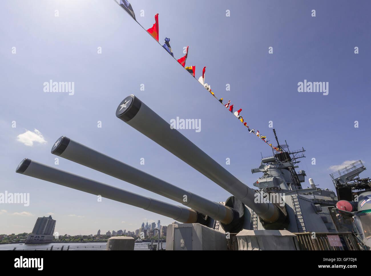 Die Kanonen von Schlachtschiff New Jersey, Camden New Jersey Stockbild