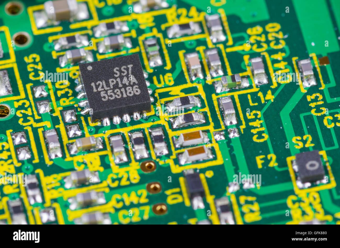 Sst Mikrochips auf eine Elektronik Platine. Stockbild