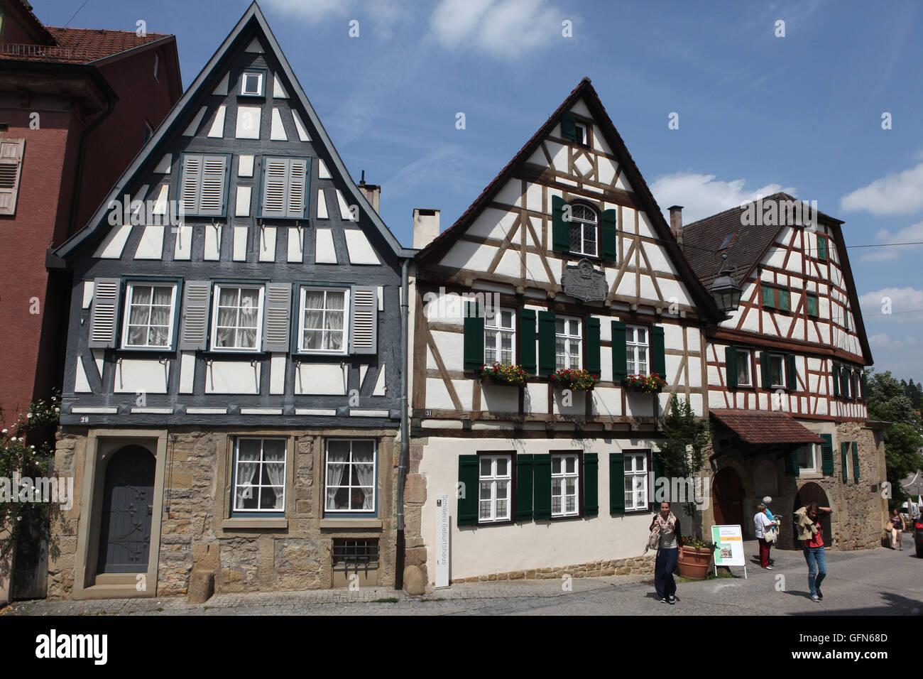 Traditionelles fachwerk geburtshaus friedrich schiller for Traditionelles deutsches haus