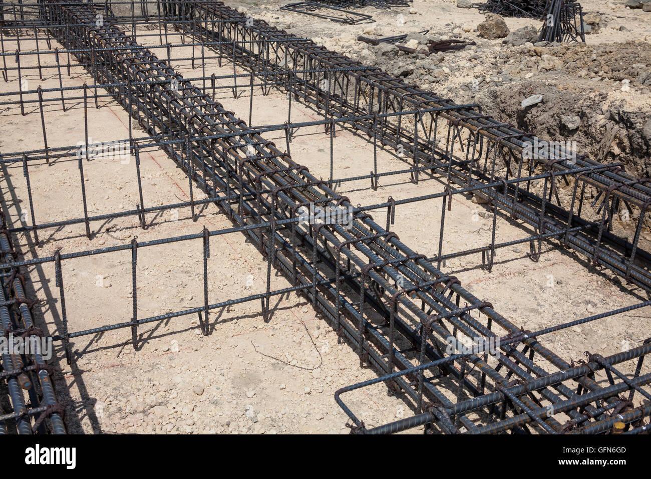 Eisen-Rahmen, ein Fundament für ein Gebäude zu bauen Stockfoto, Bild ...