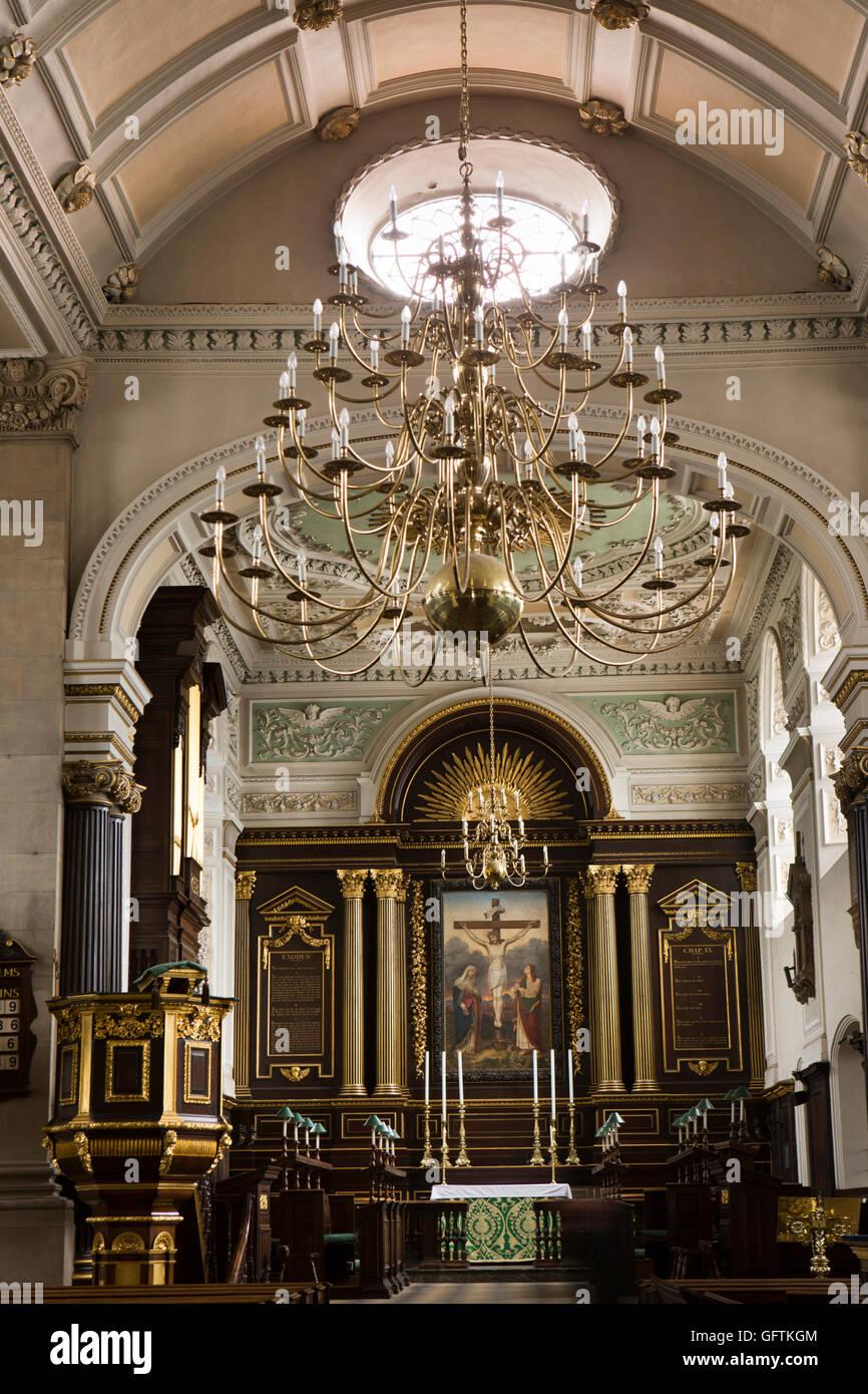 All Saints Church Interior Stockfotos & All Saints Church Interior ...