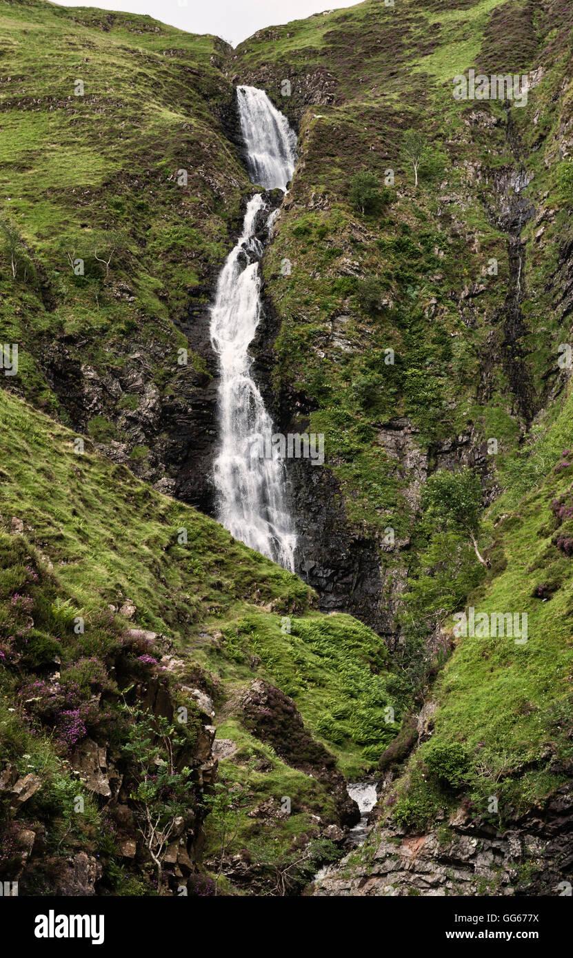 In der Nähe von Moffat grenzt an Sotland, UK, in Schottland. Die Grey Mare Tail Wasserfall Stockbild