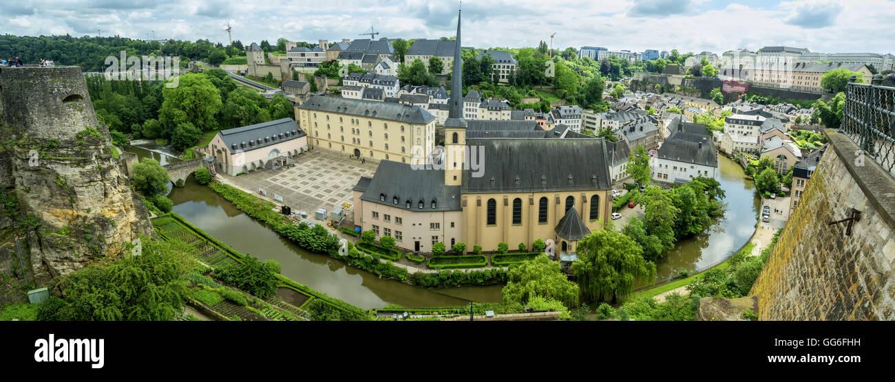 Panorama-Bild der Abbaye de Neumünster in Luxemburg. Ansicht von oben. Stockbild