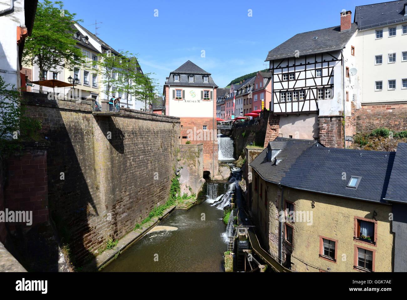 Saarburg am Fluss Saar, Rheinland-Pfalz, Deutschland Stockfoto, Bild ...