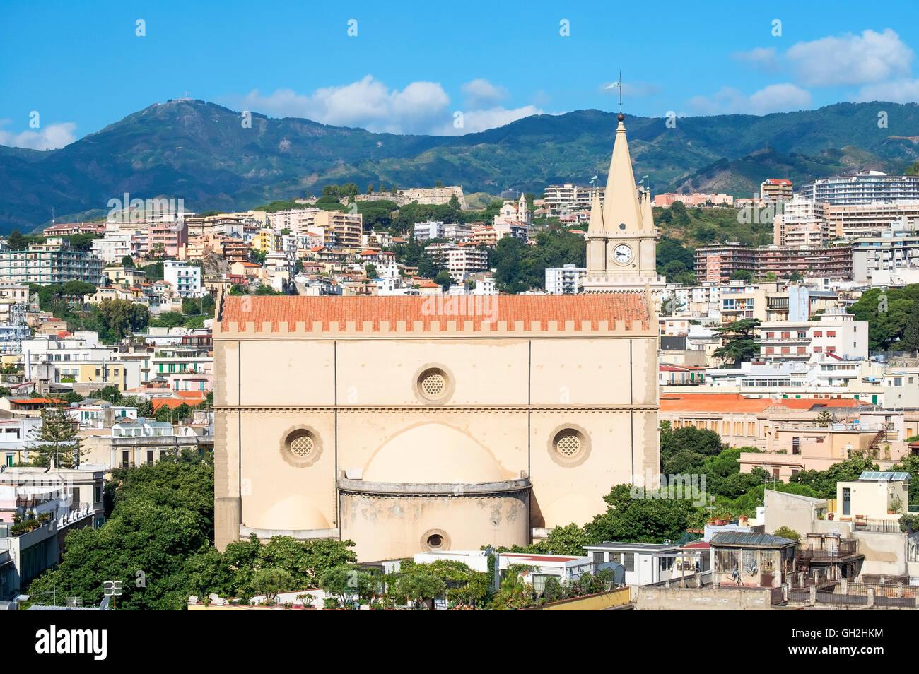 Die Kathedrale in der Stadt Messina auf Sizilien, Italien Stockbild