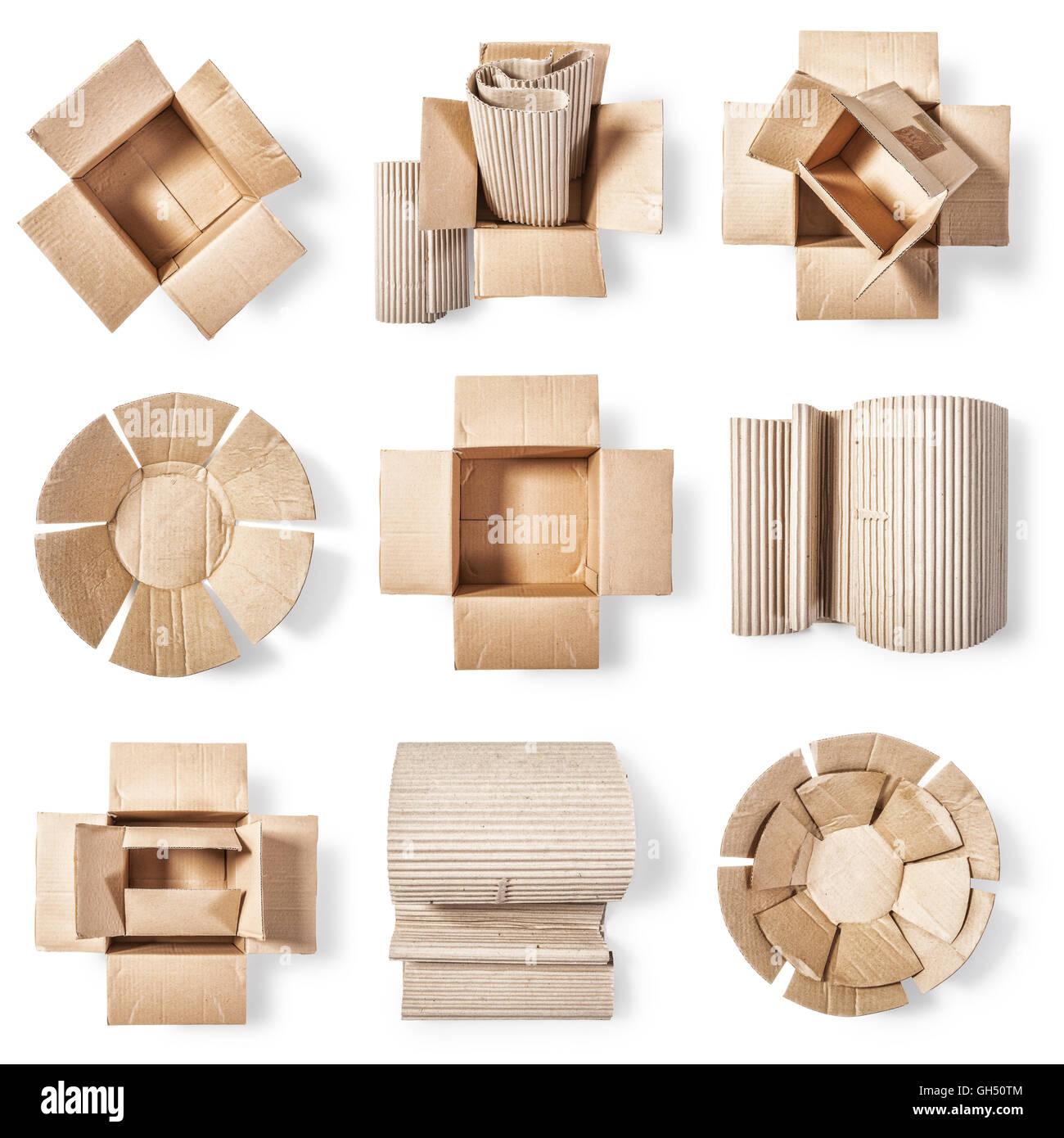 Offenen Karton, Wellpappe Rolle und Pappteller. Verpackung-Materialsammlung. Die Gruppe der Objekte isoliert auf Stockbild