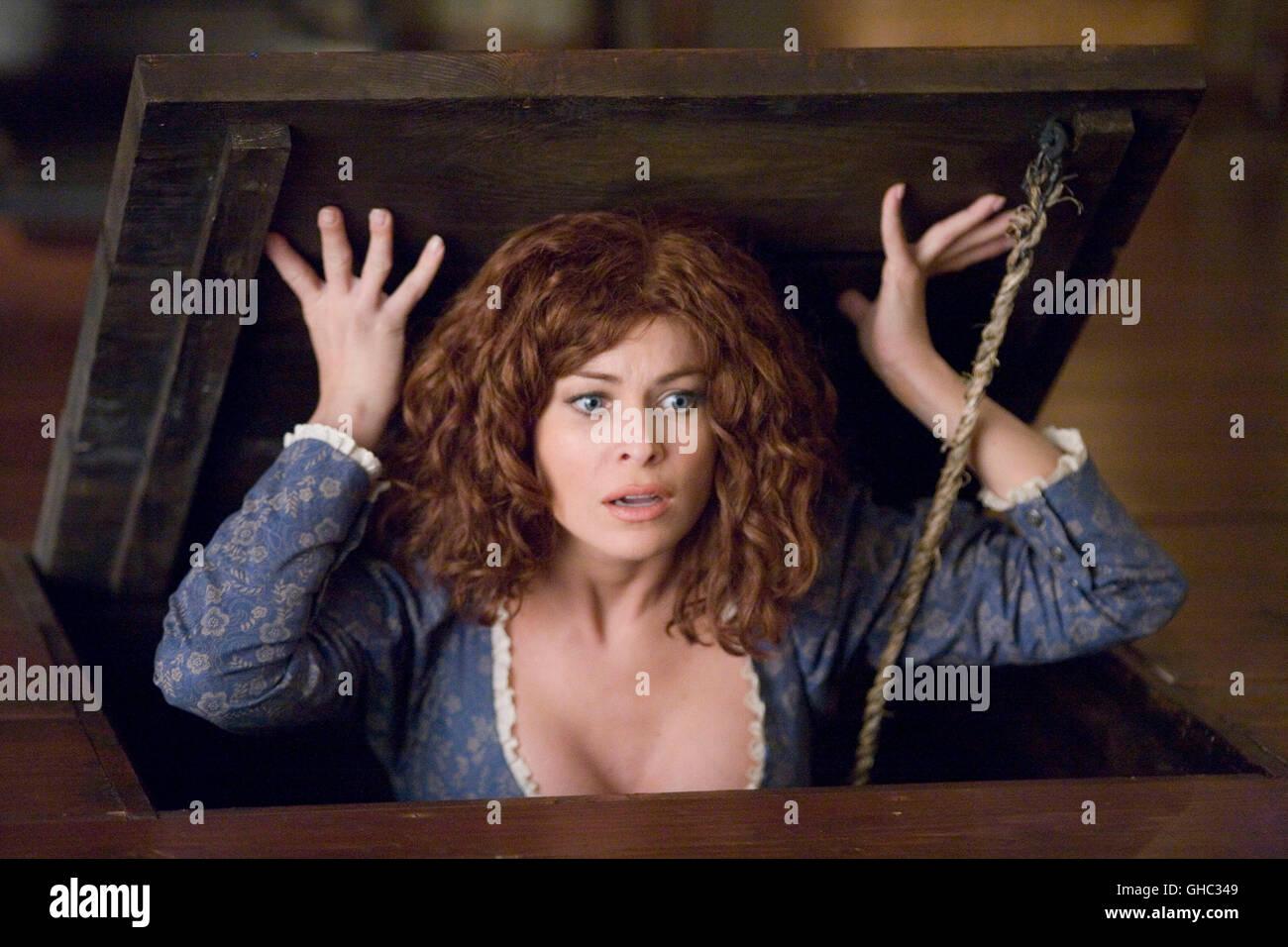 Scary Movie Carmen Electra Stockfotos & Scary Movie Carmen Electra ...