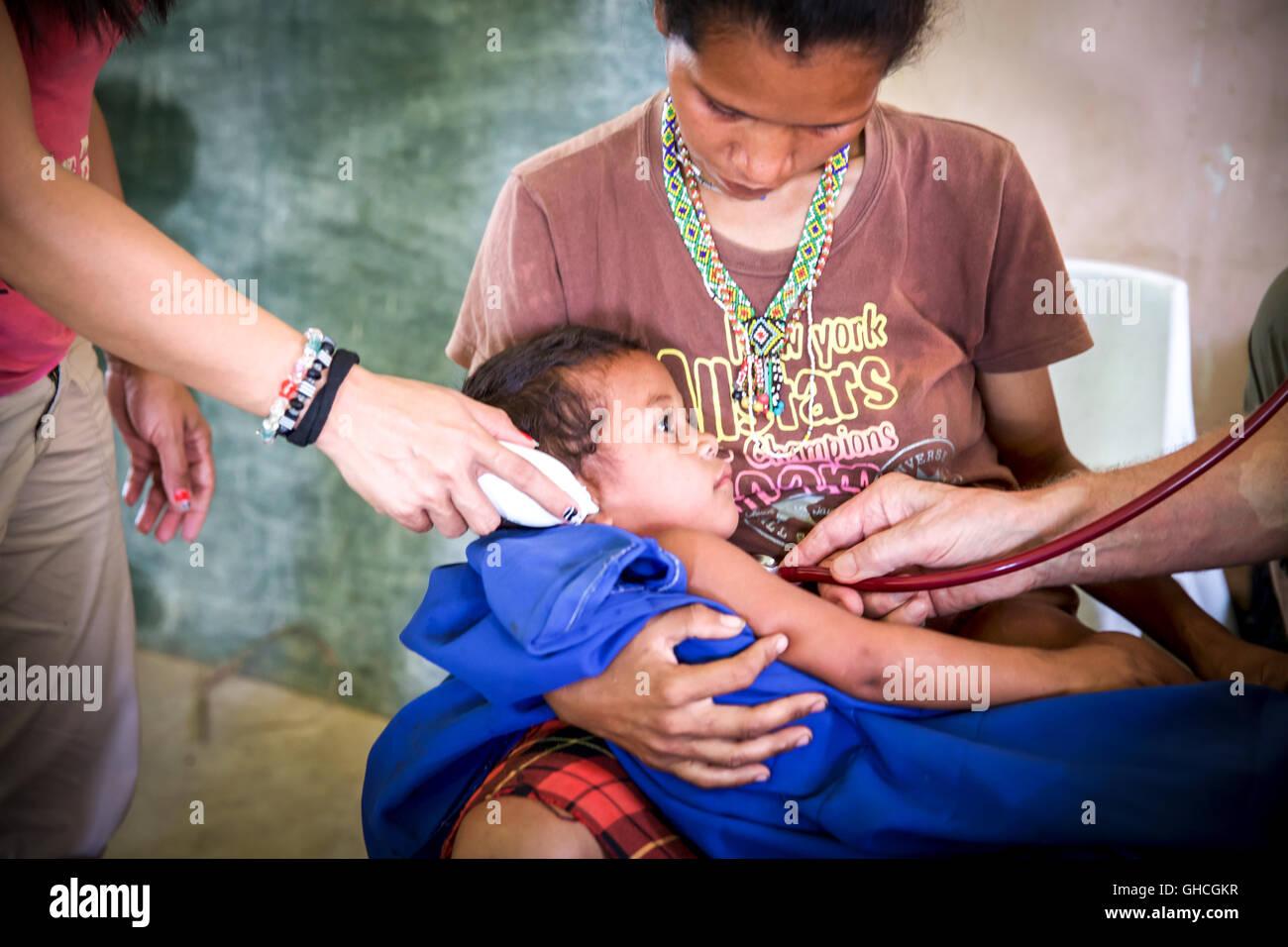 Medizinische Hilfe für die Philippinen Stockbild