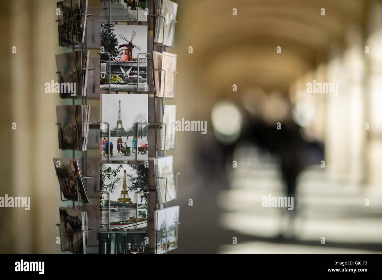 Postkarten, Place des Vosges, Paris, Frankreich Stockbild