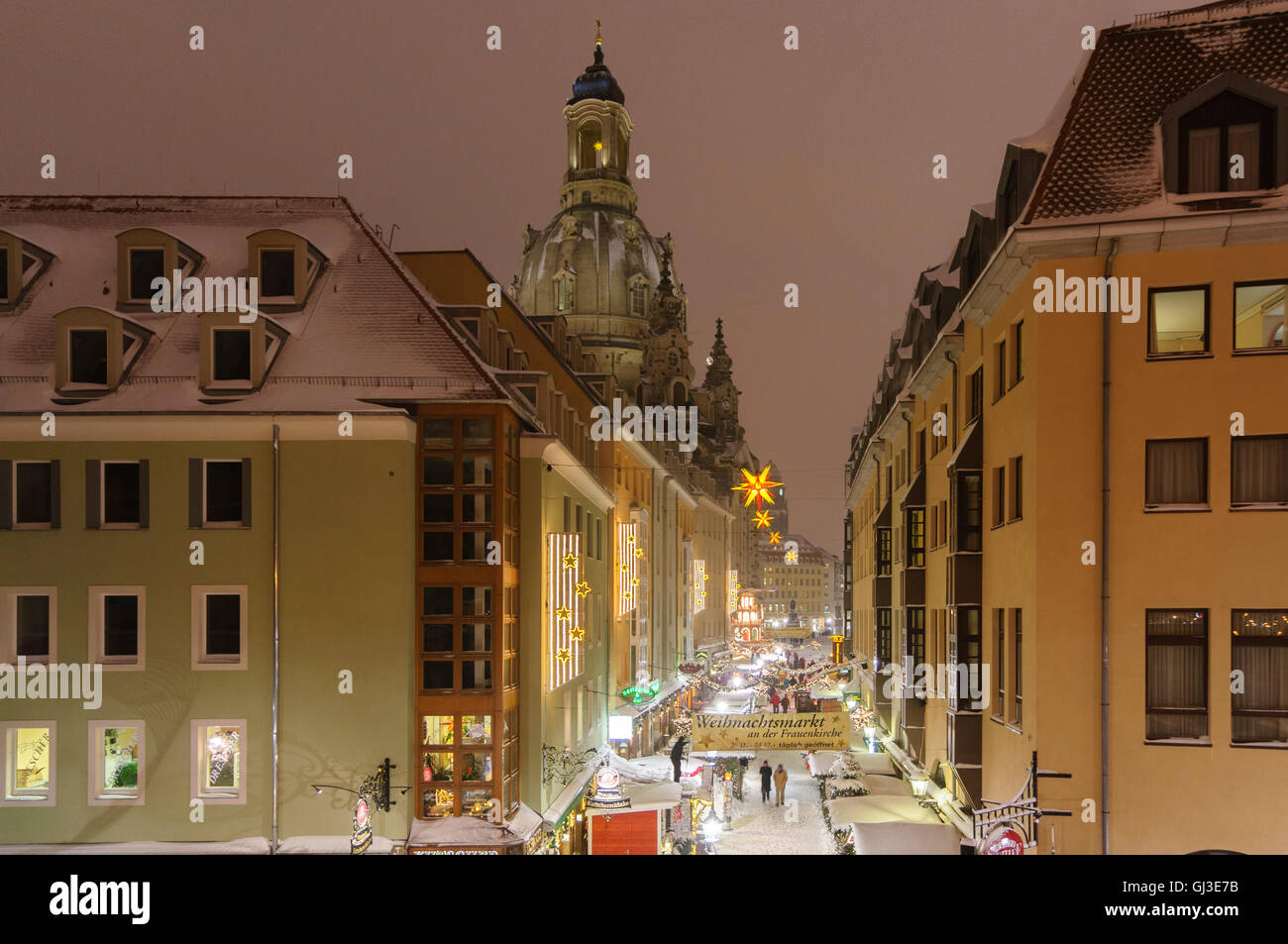 frauenkirche dresden winter stockfotos frauenkirche dresden winter bilder alamy. Black Bedroom Furniture Sets. Home Design Ideas
