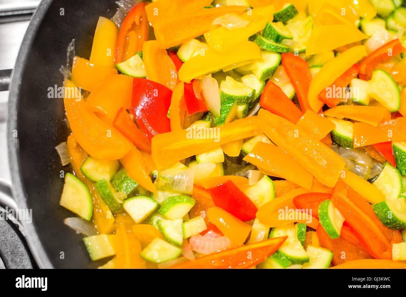 bunte geschnittenem Gemüse Closeup vegane Rezepte Stockbild