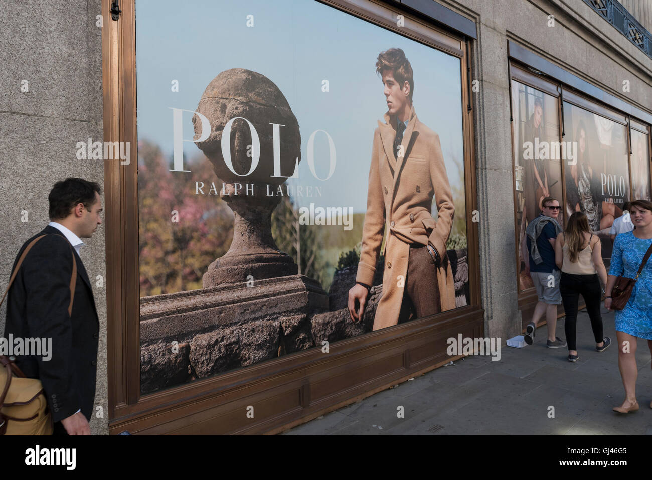 the best attitude 63d63 78797 Polo Ralph Lauren 2016 Stockfotos & Polo Ralph Lauren 2016 ...