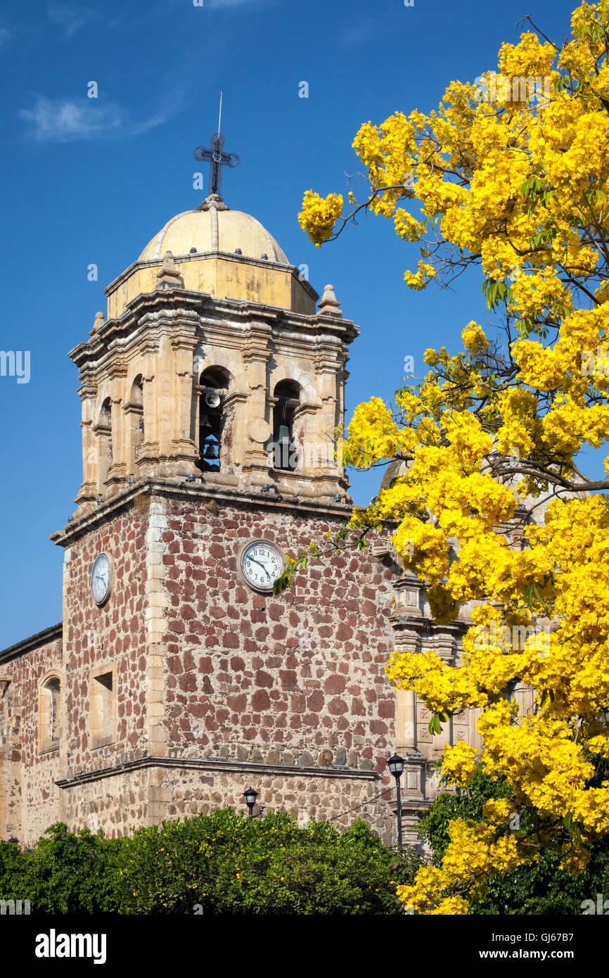 Kirchturm im Tequila, Jalisco, Mexiko. Stockbild