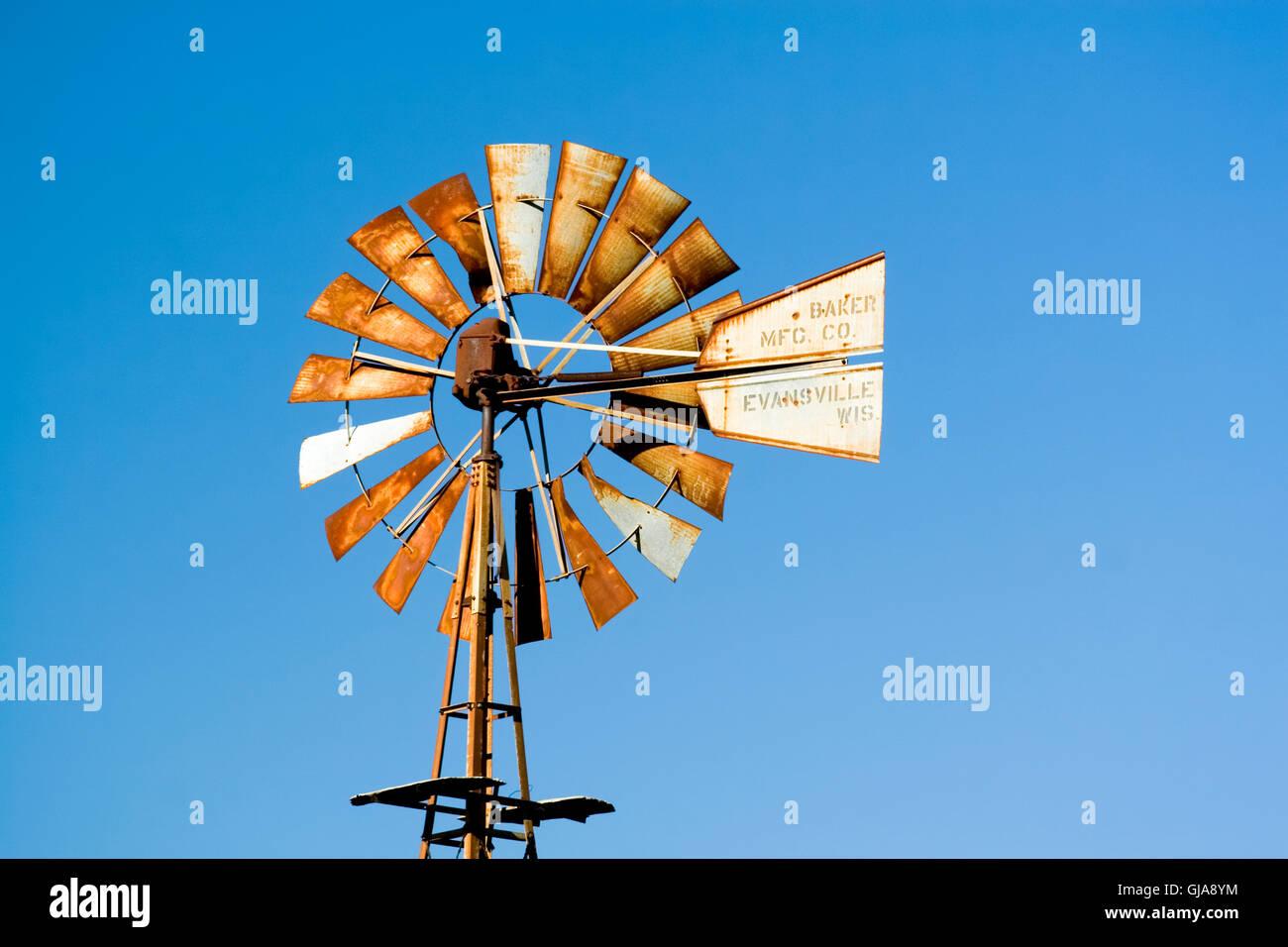 Kansas KS USA, Wind angetriebene Wasserpumpe Stockbild