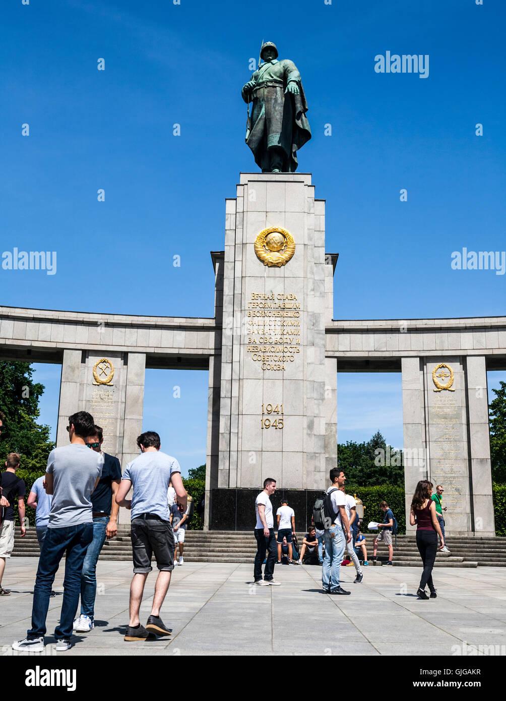 Sowjetische Ehrenmal Tiergarten Park, Berlin, Deutschland. Stockfoto