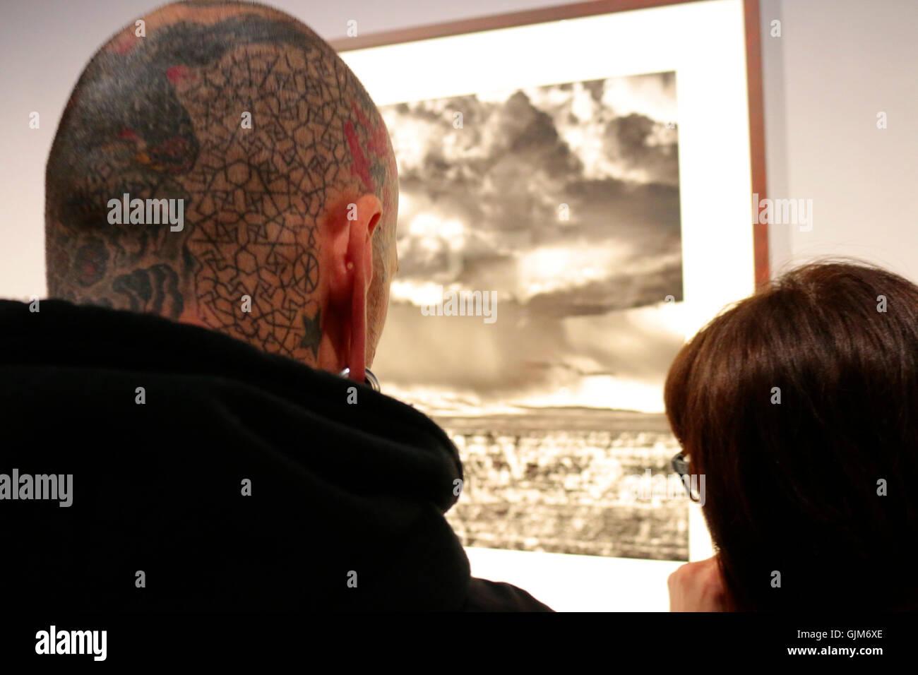 """Impressionen - Eroeffnung der Ausstellung """"Genesis"""" von Sebastiao Salgado, co Berlin, 17. April 2015, Stockbild"""