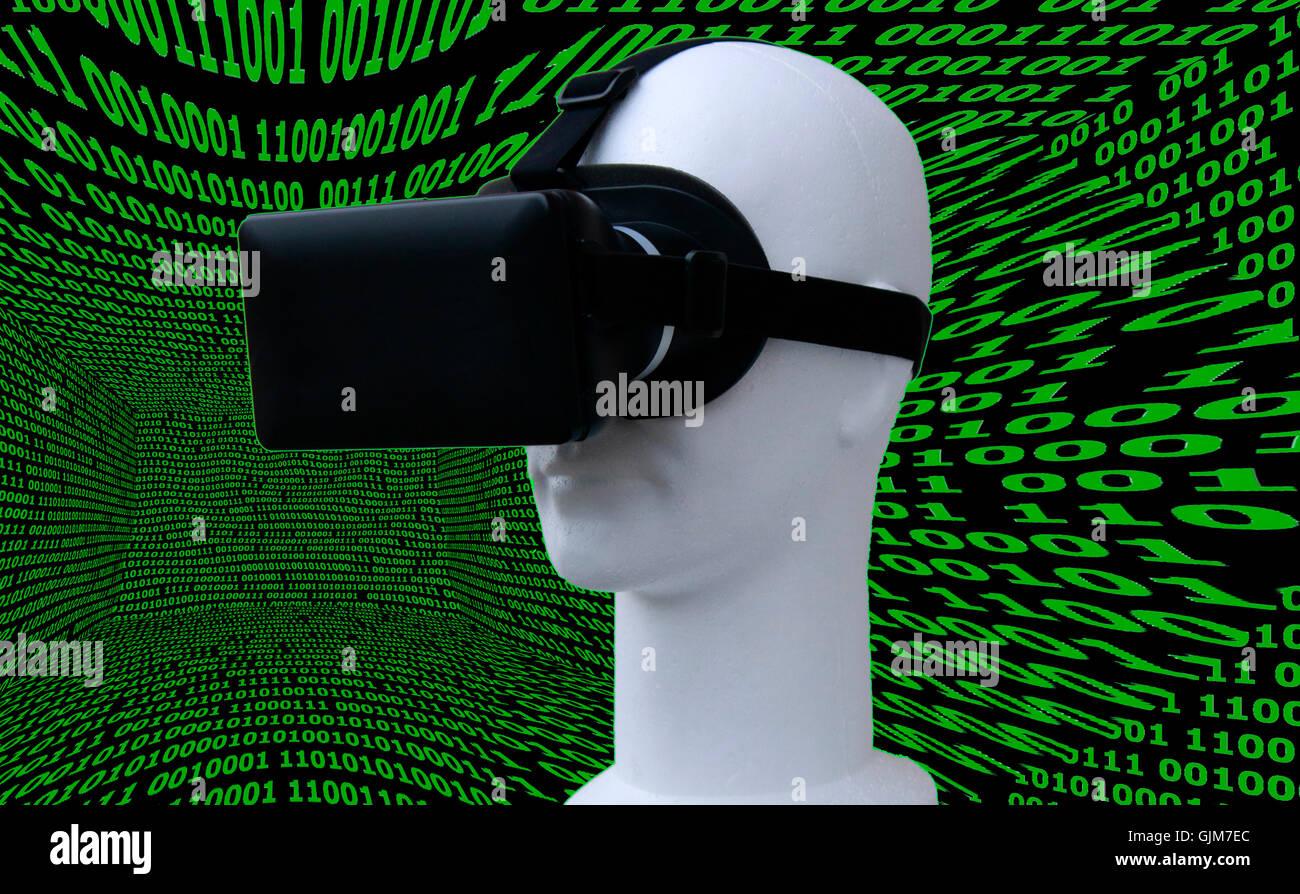 Symbolbild VR / Virtuelle Realitaet - Datenbrille. Stockfoto