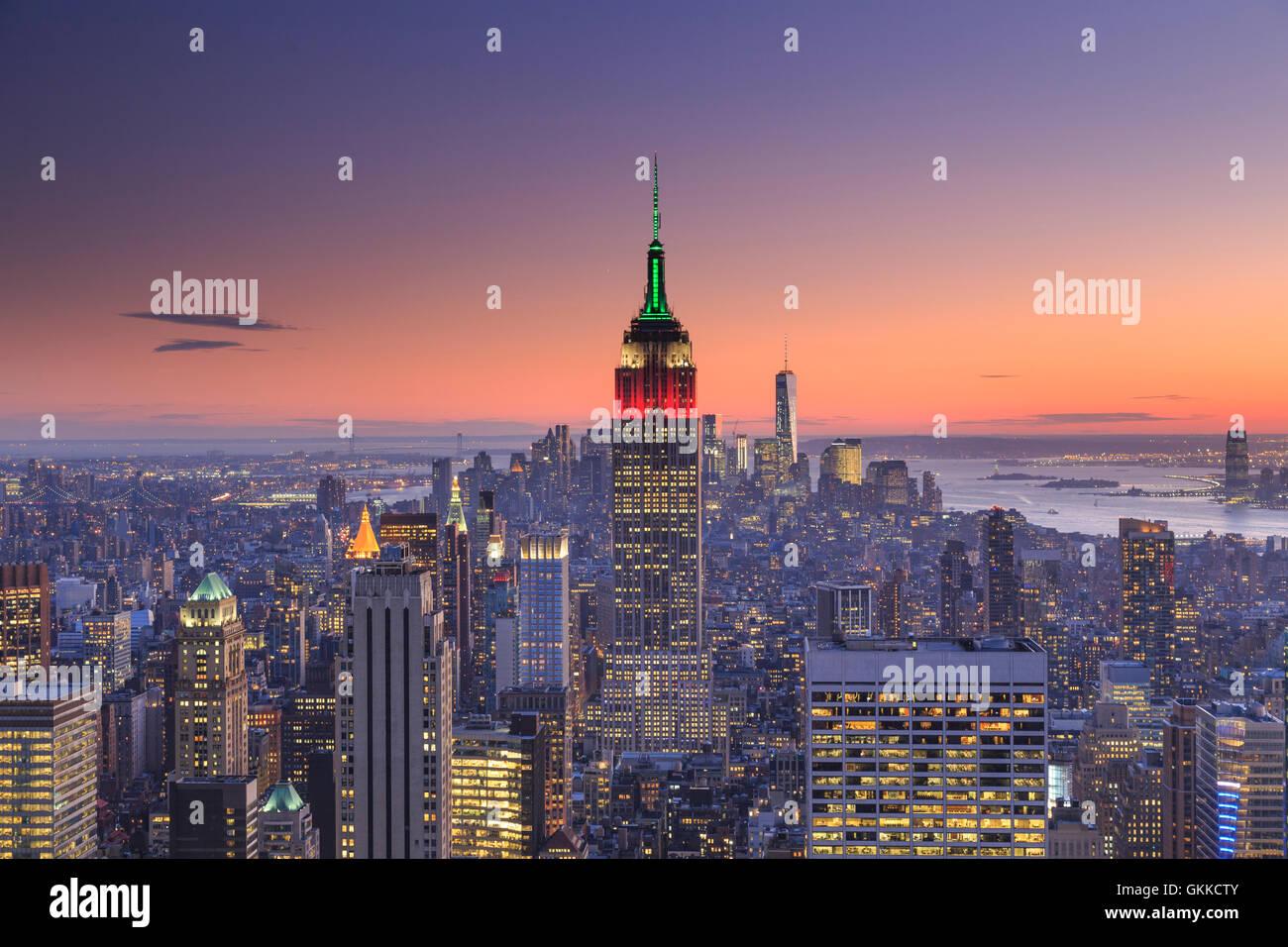 USA, New York, New York City, Empire State Building und Midtown Manhattan Skyline Stockbild