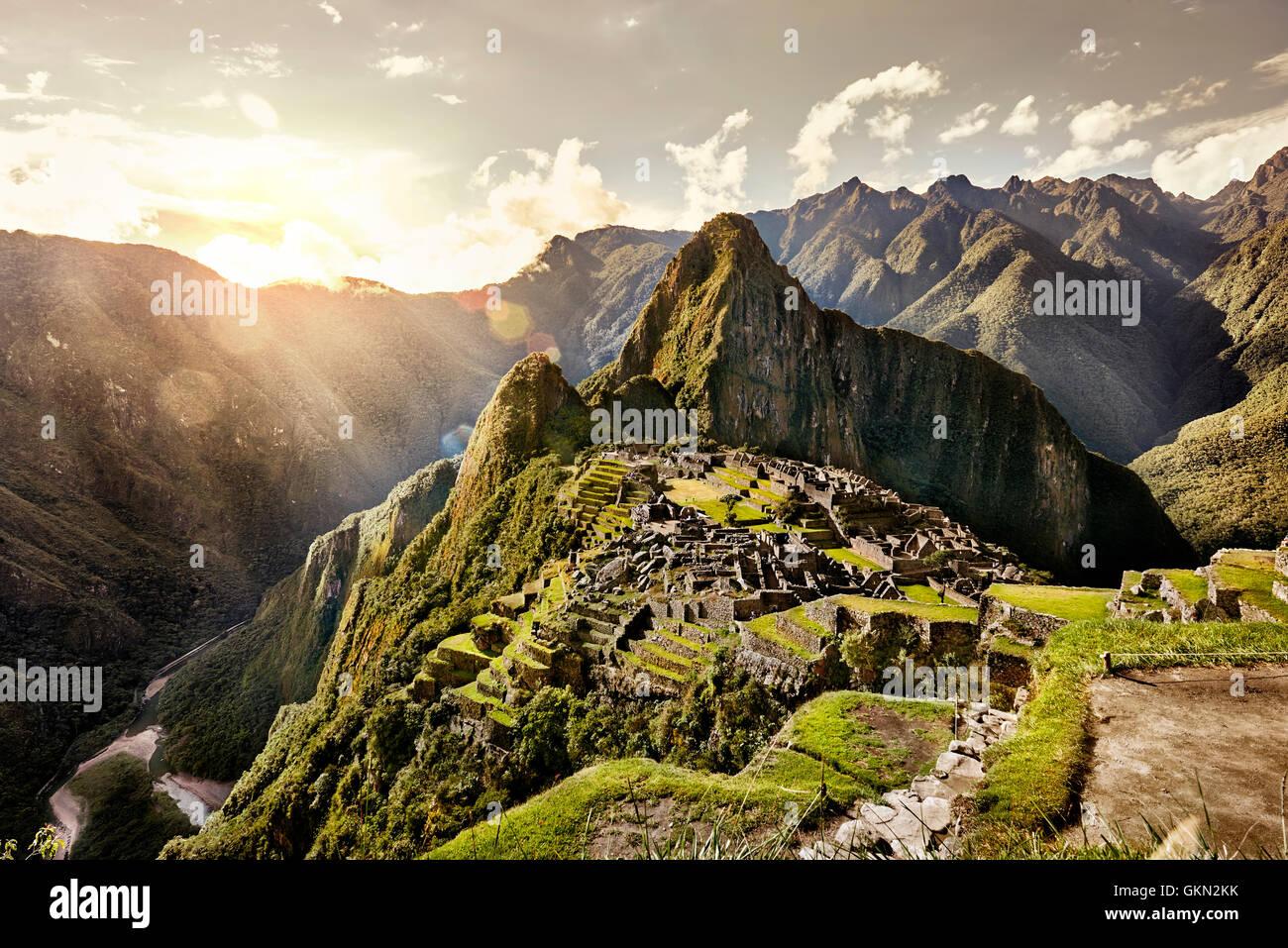 MACHU PICCHU, PERU - 31. Mai 2015: Blick von der alten Inca Stadt Machu Picchu. Das 15. Jahrhundert Inka Website. Stockbild