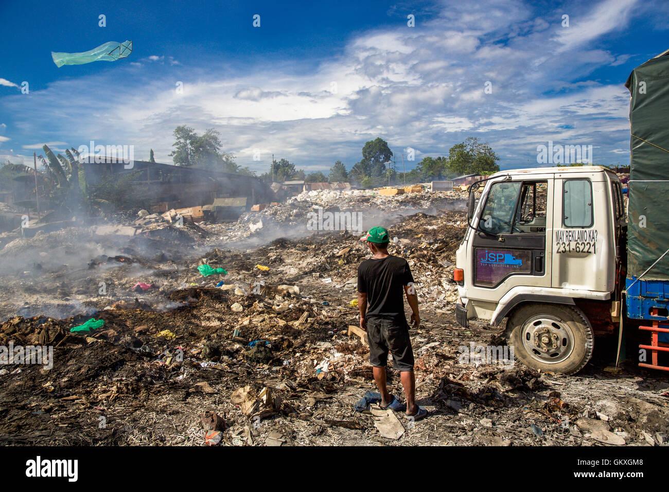 Menschen des Standortes Dump auf der Insel Cebu in den Philippinen. Stockbild