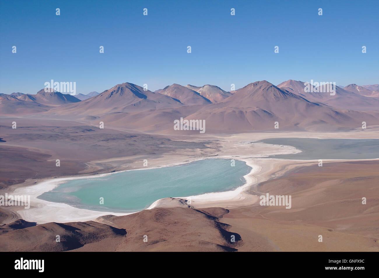 Laguna Verde (Grüner See) mit Salz Playa und Anden von Licancabur, Bolivien Stockbild