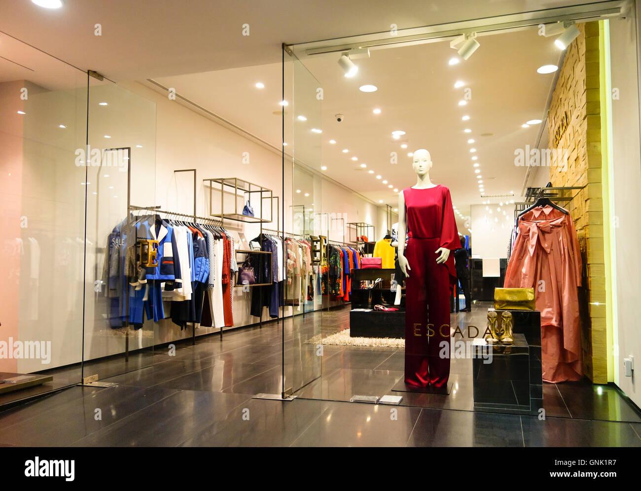 Deutsche Frauen Designer-Kleidung Firma, Geschäft, Mode, Escada Fassade,  Puerto Banus 594c2d0251