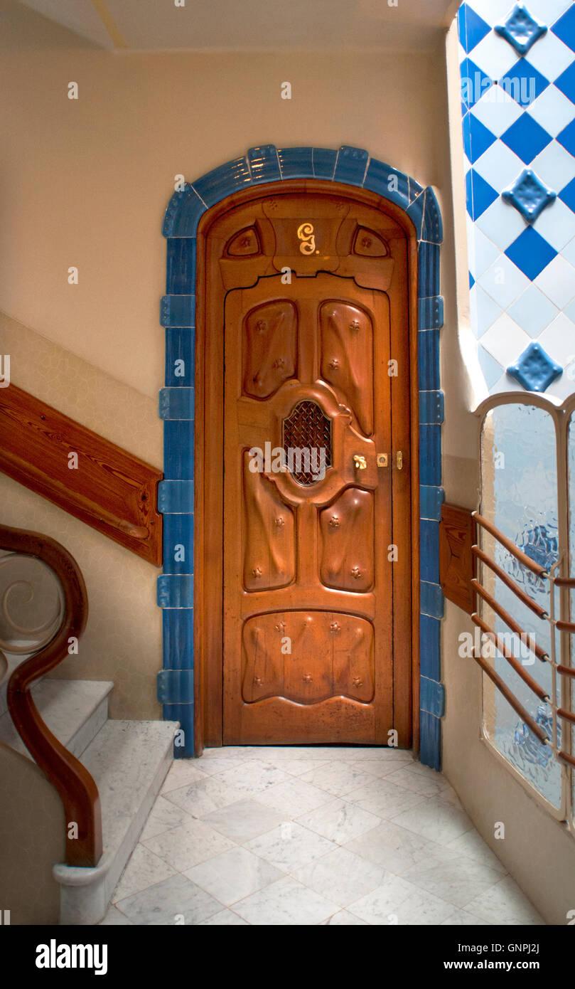 jugendstil interieur entworfen von antoni gaudi casa batllo barcelona spanien