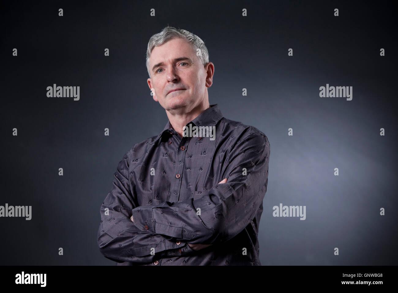 Mike Carey, der britische Schriftsteller der Comic-Bücher, Romane und Filme auf dem Edinburgh International Stockbild