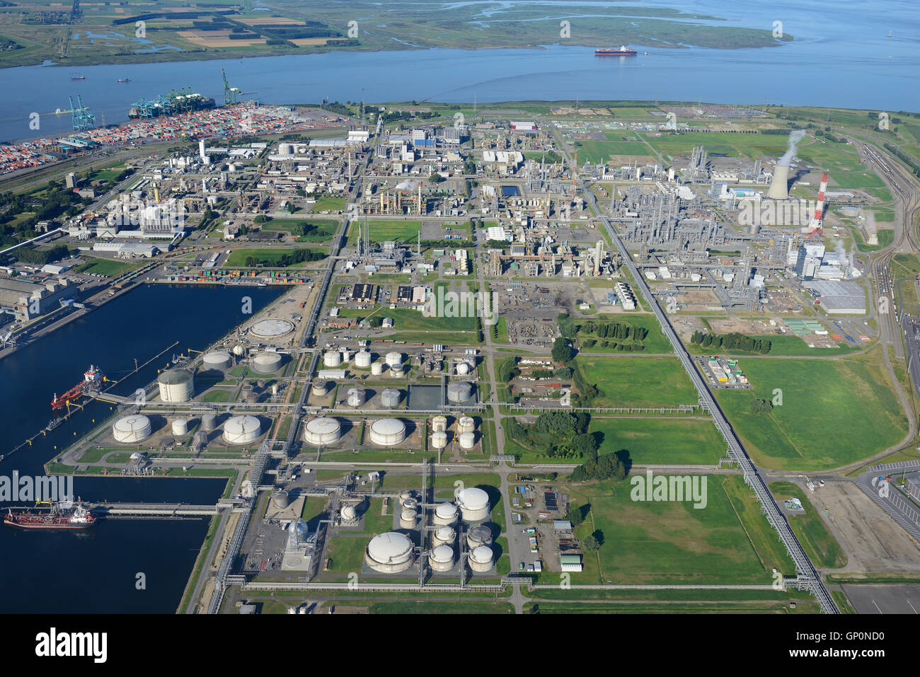 CHEMISCHE Produktion Website der BASF ANTWERPEN (Luftbild). Hafen von Antwerpen, Belgien. Stockbild