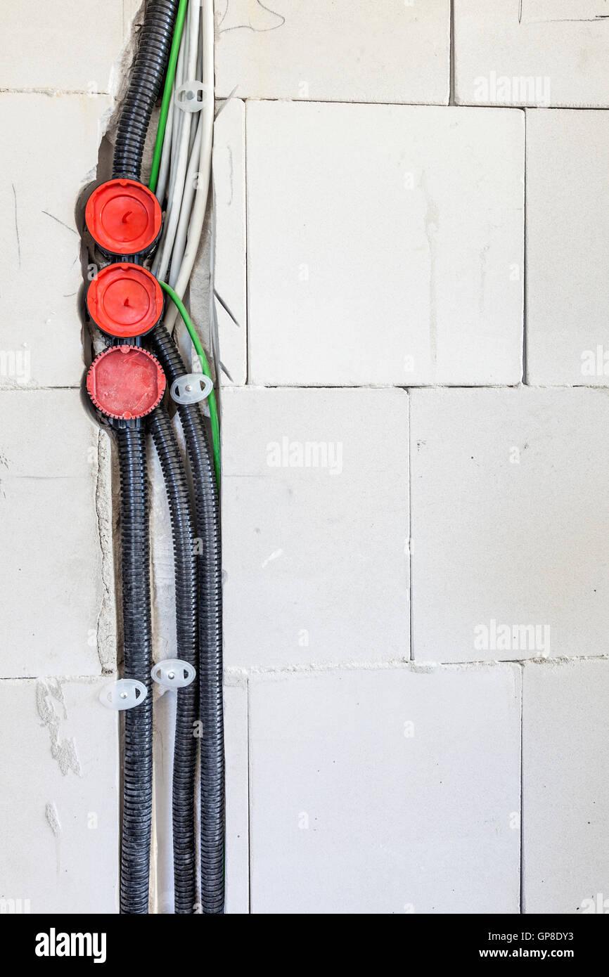 Elektroinstallation in ein neues Haus Stockfoto, Bild: 116971207 - Alamy