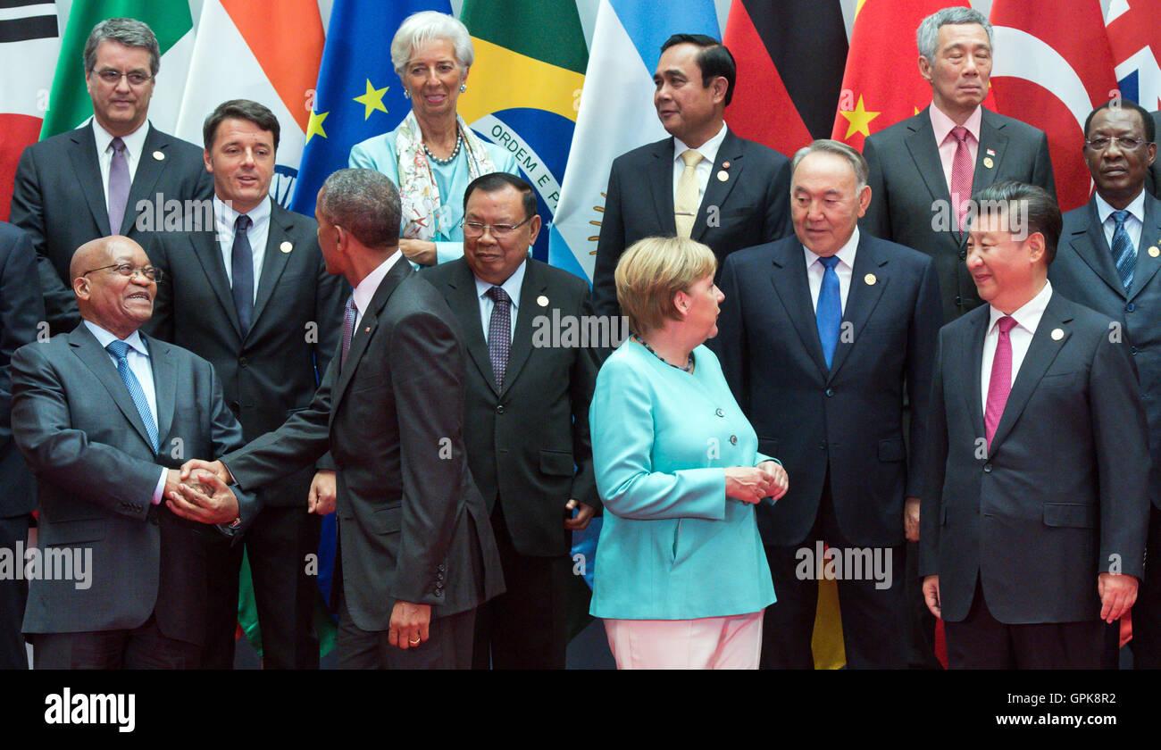 Die Staatschefs der G20-Staaten posieren für ein Gruppenfoto auf dem G20-Gipfel in Hangzhou, China, 4. September Stockfoto
