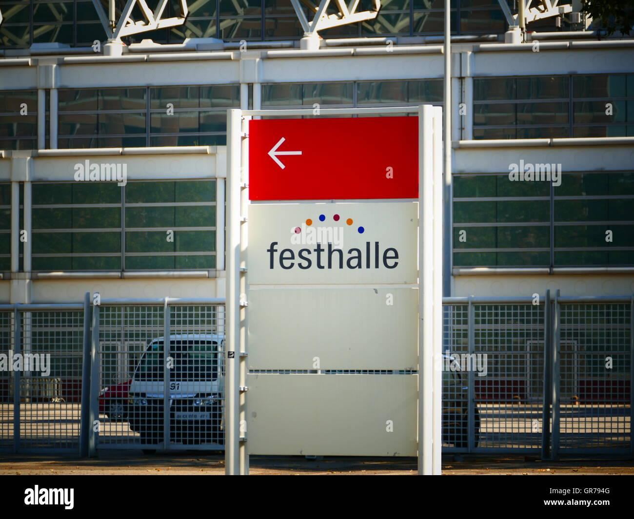 U-Bahnstation Festhalle in finanziellen Stadt Frankfurt Am Main Deutschland Europa Stockbild