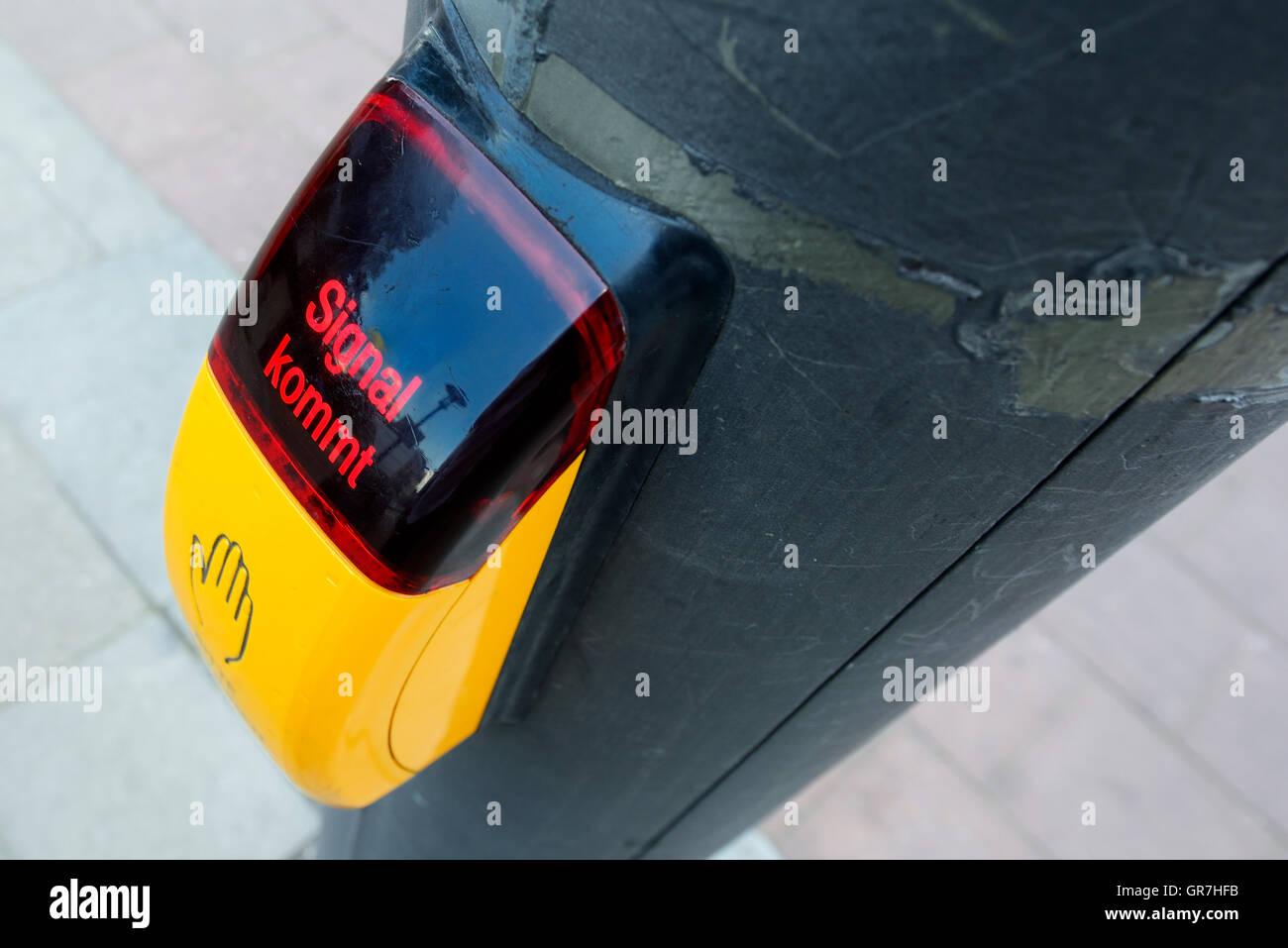Product Key Stockfotos & Product Key Bilder - Alamy