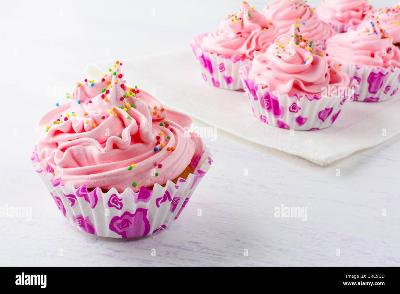 Rosa Geburtstag Cupcakes Hautnah Geburtstag Cupcake Mit Rosa