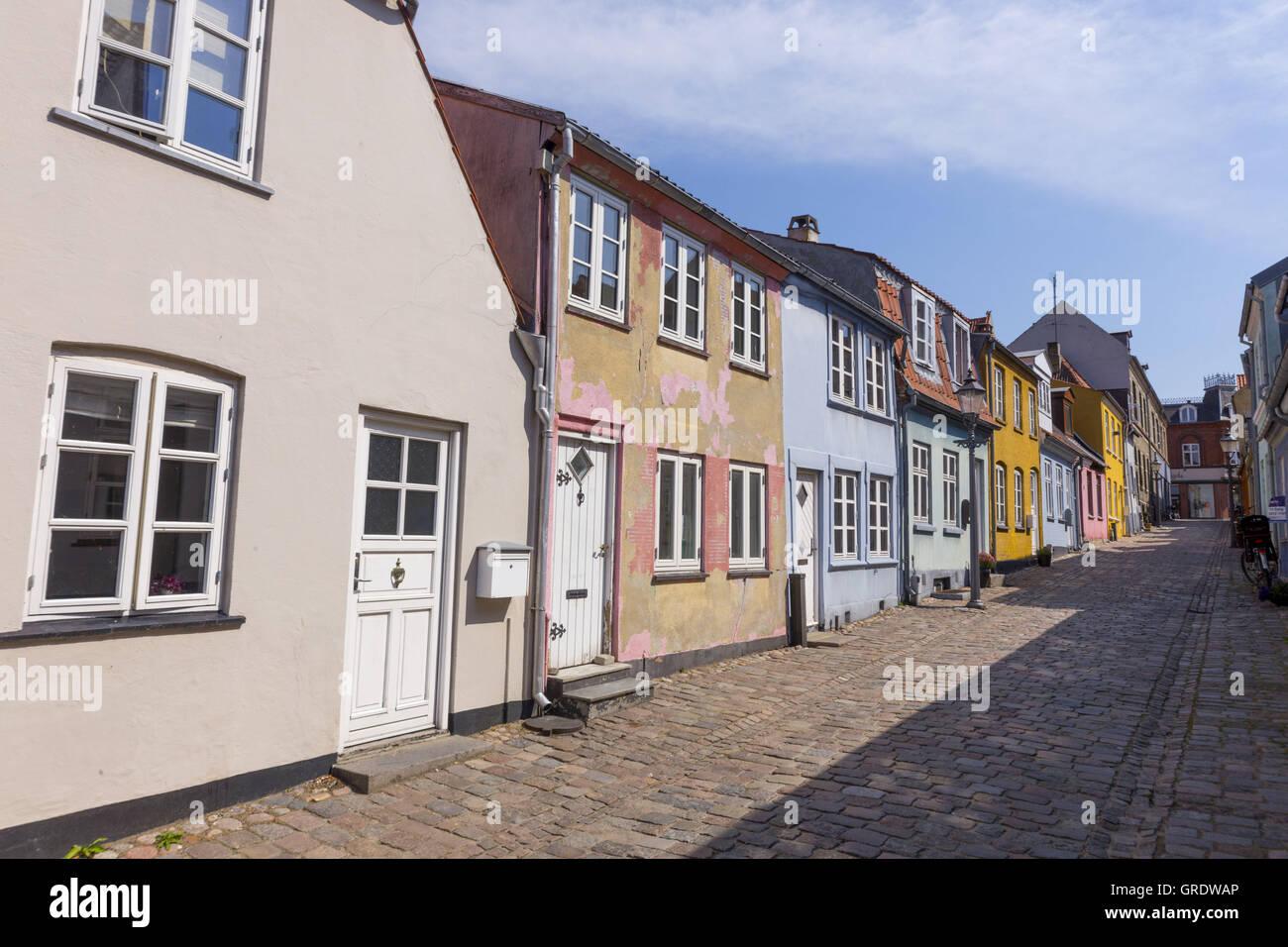 Bunte Reihe von Häusern In der inneren Stadt Nykøbing Falster ...